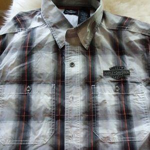 Harley-Davidson Button up shirt short sleeve